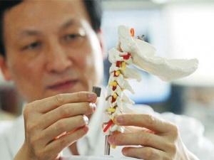 Vật liệu gốm y sinh ứng dụng trong cấy ghép cơ thể người