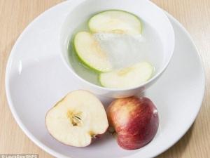 Phát minh kỳ quái: quả táo lấp lánh, sủi bọt khi cắn