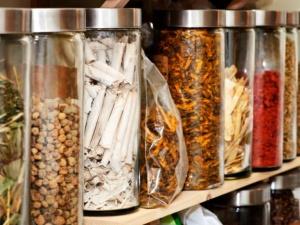 Thảo dược chứa nhiều nấm mốc gây ung thư