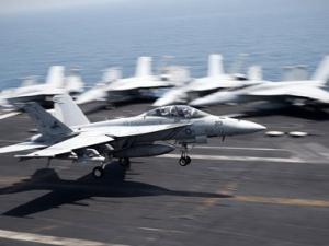 Mỹ tốn 8,3 triệu USD/ngày trong cuộc chiến chống IS