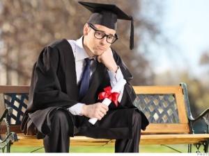 Nỗi khổ nợ nần của sinh viên khi mới ra trường