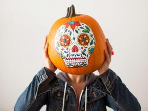 Cách làm bí ngô độc đáo không cần cắt tỉa cho lễ Halloween