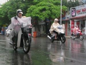 Dự báo thời tiết ngày mai 31/10: Trung Bộ và Nam Bộ xuất hiện mưa rào rải rác