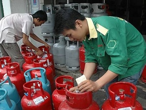 Giá gas giảm tới 40.000 đồng/bình 12 kg từ hôm nay