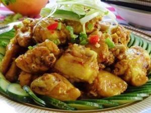Cách làm món cánh gà xào sả ớt hấp dẫn cho ngày se lạnh