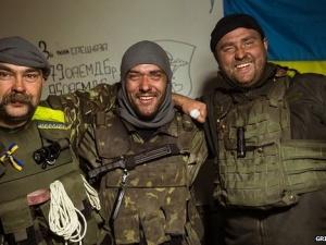 Tình hình Ukraine: Những 'lá chắn sống' ở sân bay Donetsk
