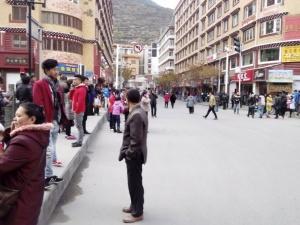 Động đất tại Trung Quốc, Nhật Bản, nhiều người thương vong