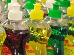 Sản phẩm tẩy rửa chứa chất gây rối loạn nội tiết