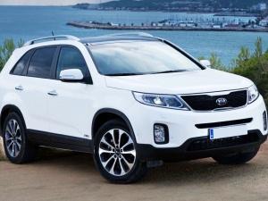Những mẫu ô tô 7 chỗ giá dưới 1 tỉ đồng được ưa chuộng nhất