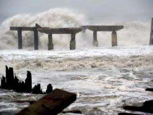 Dự báo thời tiết ngày mai 19/12: Cảnh báo gió mạnh sóng lớn