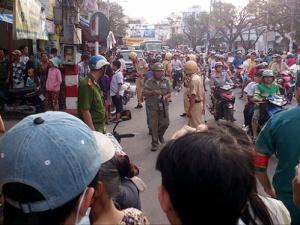 Hàng trăm cảnh sát vây 2 căn nhà bắt trùm ma túy