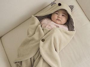 Mẹo giữ ấm cho bé yêu khi ngủ trong mùa đông