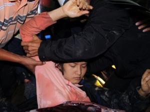 12 công nhân thoát nạn trong tiếng reo hò, mừng khôn xiết