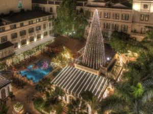 Những địa điểm vui chơi và chụp ảnh Giáng sinh đẹp nhất ở Hà Nội