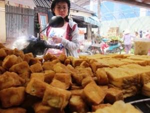 Tiêu chảy, ngộ độc do ăn đậu phụ bẩn