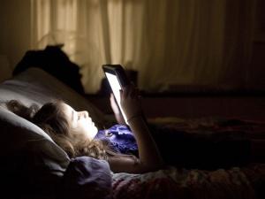 Tác hại tiêu cực của thiết bị đọc sách điện tử