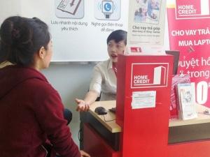 Khách hàng 'phát cáu' với kiểu đòi tiền có 1-0-2 của Home Credit