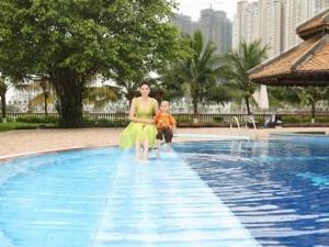 Ngắm biệt thự vườn trăm tỷ siêu sang của hoa hậu Hà Kiều Anh