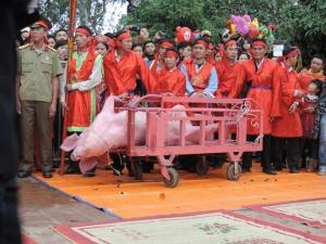 Người Bắc Ninh đã ngừng chém lợn công khai trong lễ hội