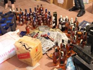 Thủ đoạn tinh vi của các đường dây sản xuất rượu ngoại giả