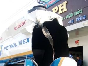 Điều tra vụ xe chở đầu đột nhiên phát nổ giữa trưa ở Cà Mau