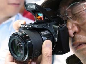 Khám phá dòng máy ảnh Olympus mới nhất 2015