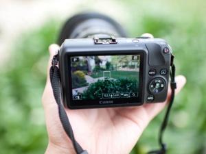 Top 3 máy ảnh giá rẻ 24MP được ưa chuộng nhất đầu năm 2015