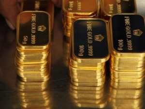 Giá vàng hôm nay ngày 28/2/2015: Giá vàng tiếp tục giảm, đồng đô la mạnh lên