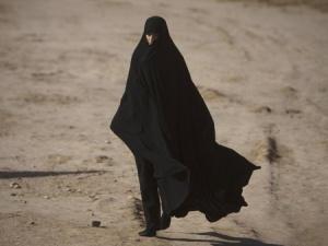 Kết cục bất hạnh của cô gái trẻ đem lòng yêu tay súng IS