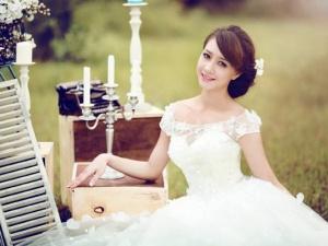 Bí quyết chọn váy cưới cho cô dâu da 'bánh mật'