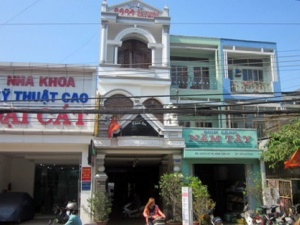 Bị trộm tại khách sạn, vợ chồng Việt kiều mất 9000 USD