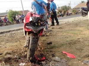 Nhân chứng bàng hoàng nhớ lại giây phút tay lái mô tô tử nạn