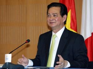Thủ tướng Nguyễn Tấn Dũng: Cán bộ, công chức tiếp tay buôn lậu phải xử lý