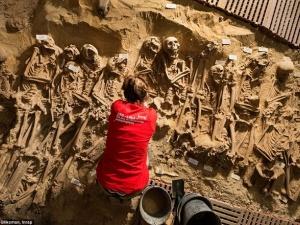 Nghĩa địa hài cốt bệnh nhân dưới lòng đất Paris