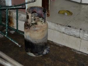 TP. HCM: Cháy nhà làm 4 người liều mạng phi thân từ tầng 2