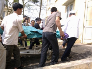 Nghi vấn mới trong vụ con tử vong, mẹ vỡ tử cung ở Tiền Giang