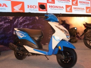 Honda Dio mới giá siêu rẻ chính thức lộ diện