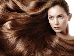 Nguy cơ ung thư, rối loạn nội tiết vì ham tẩy tóc