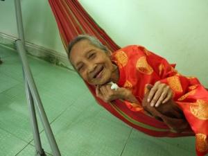 Thêm một tổ chức công nhận cụ bà ở Sài Gòn cao tuổi nhất thế giới