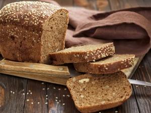 Tin an toàn thực phẩm hot ngày 24/5: Bánh mì sản xuất từ chất cấm gây ung thư