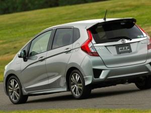 Dưới 250 triệu đồng nên mua ô tô cũ nào là tốt nhất?