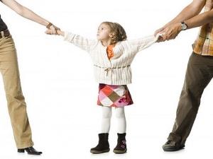Giải quyết tranh chấp về quyền nuôi con sau khi ly hôn