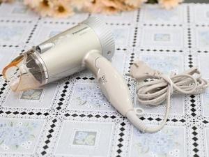 'Kinh nghiệm vàng' trong việc chọn mua máy sấy tóc bền, an toàn