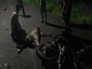 Tai nạn giao thông: Xe máy đối đầu, cụ ông tử vong, thanh niên nguy kịch
