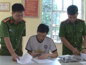Phía sau bác sĩ Hoàng Công Lương vừa bị bắt là câu chuyện đầy tình thương