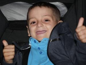 Câu chuyện của cậu bé 6 tuổi lay động hàng triệu người trên thế giới