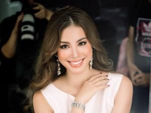 Dù làm việc ngày đêm không ngơi nghỉ, Hoa hậu Phạm Hương vẫn cứ đẹp rạng rỡ thế này