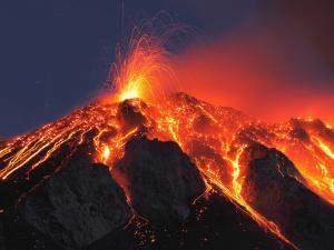 Máy bay đâm vào miệng núi lửa, toàn bộ hành khách thiệt mạng