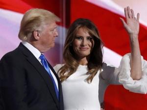Tổng thống Mỹ Donald Trump viết nhầm tên vợ khiến cư dân mạng xôn xao
