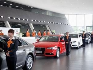 Trung Quốc mạnh tay cắt giảm thuế nhập khẩu ô tô: Xe sang đua nhau giảm giá